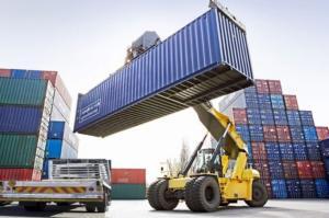 Xuất khẩu dầu thô, dệt may, da giày giảm từ 70 - 90%