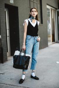 Học fashionista biến hóa 5 phong cách với chiếc áo thun trắng